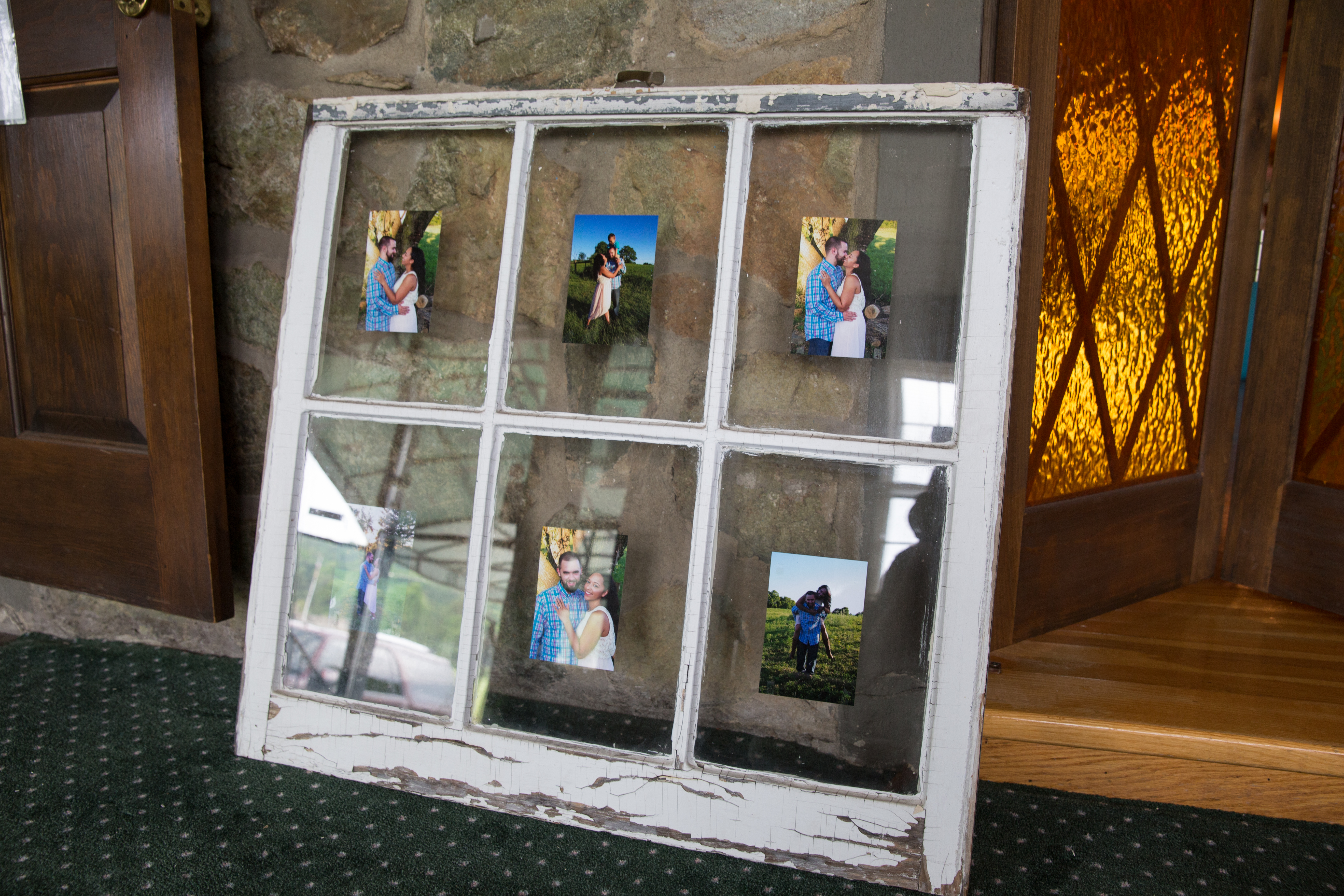 Display of couple pictures