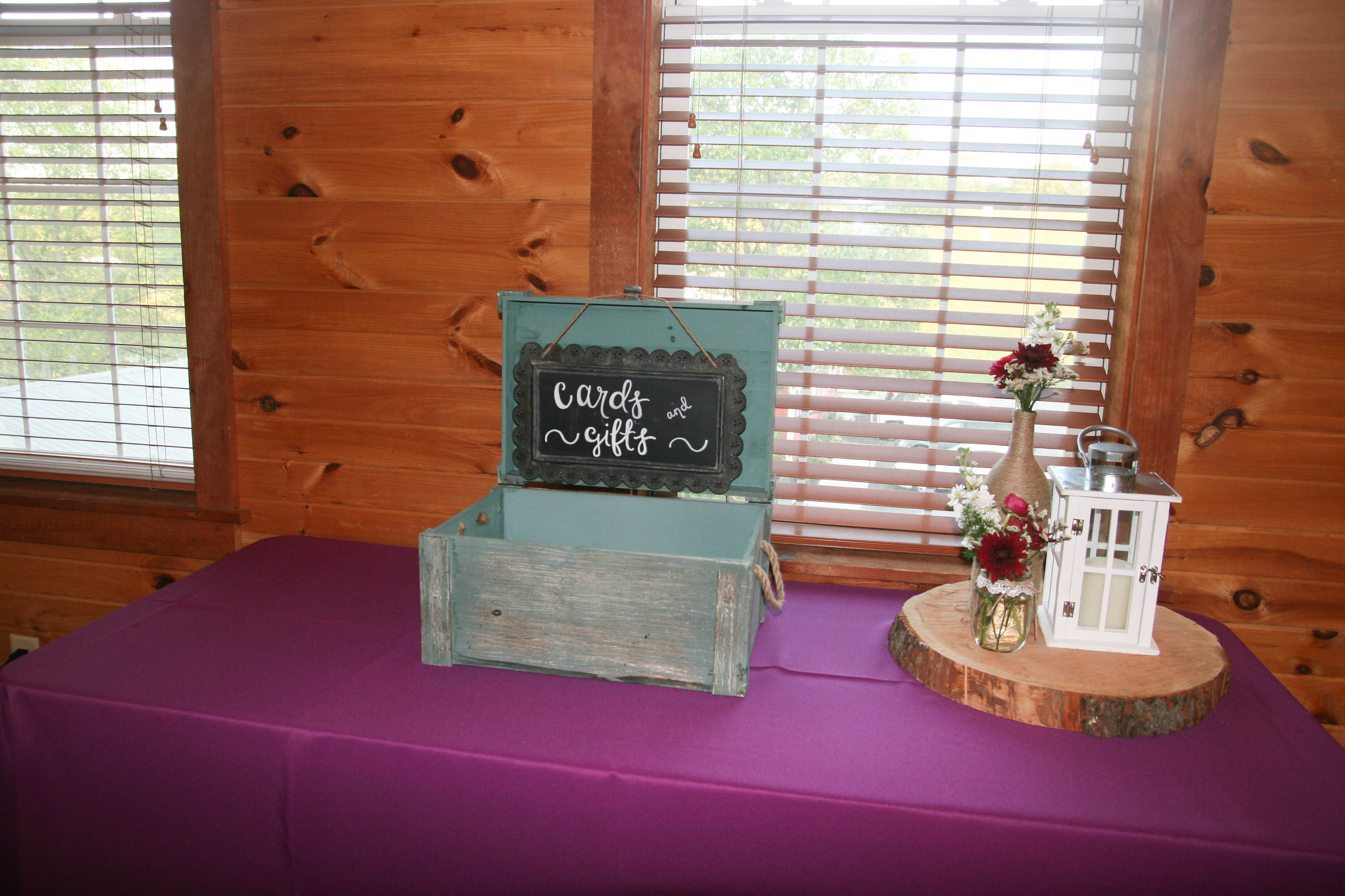 Wedding cards and gifts box