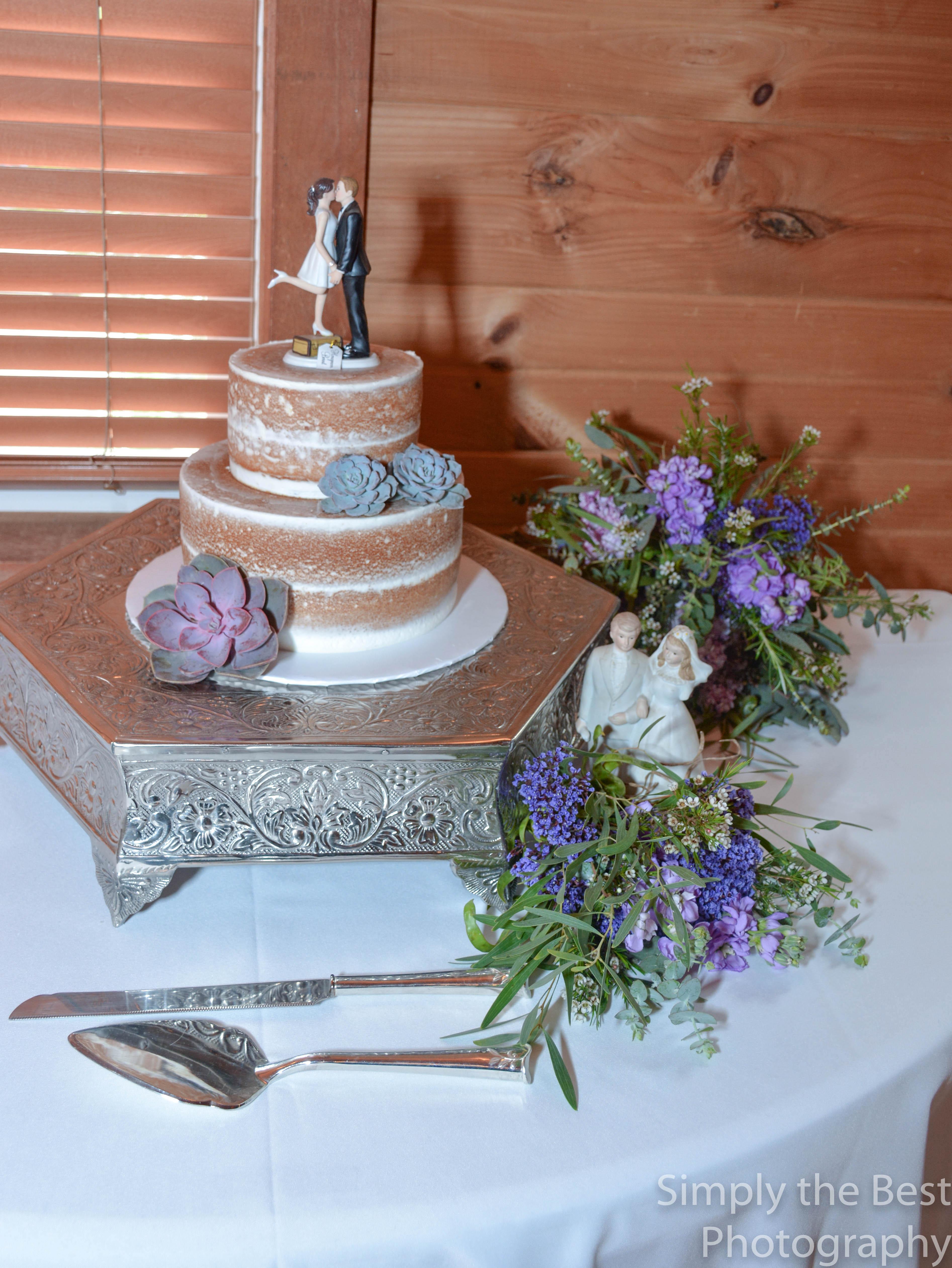 wedding coordination; day of wedding; cake